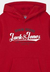Jack & Jones Junior - JJELOGO - Hoodie - tango red - 2