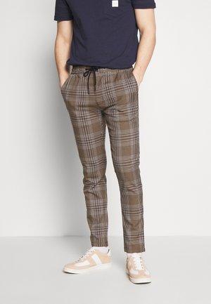 HERITAGE - Pantaloni - brown