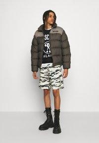 MOSCHINO - Sweatshirt - black - 5