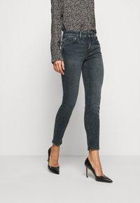 DRYKORN - NEED - Skinny džíny - grau - 0