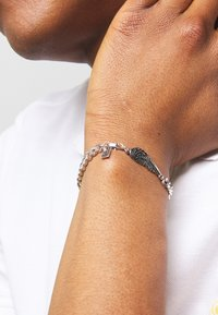 Icon Brand - WING CHARM BRACELET - Bracelet - silver-coloured - 2
