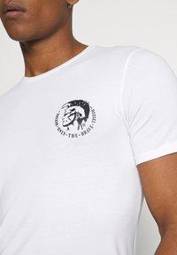 Diesel - UMTEE RANDAL 3 PACK - T-shirt basic - white/ grey melange/ black - 5