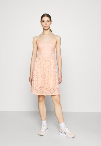 ONLNEW ALBA SMOCK MIX DRESS - Sukienka koktajlowa - peach melba