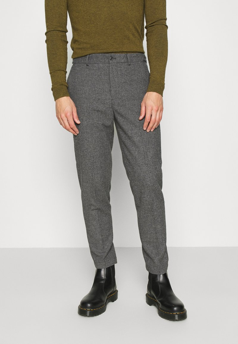 Selected Homme - SLHSLIMTAPERED THEO PANTS - Trousers - grey/houndstooth