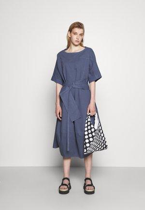 PIPETTE DRESS - Vestito lungo - indigo