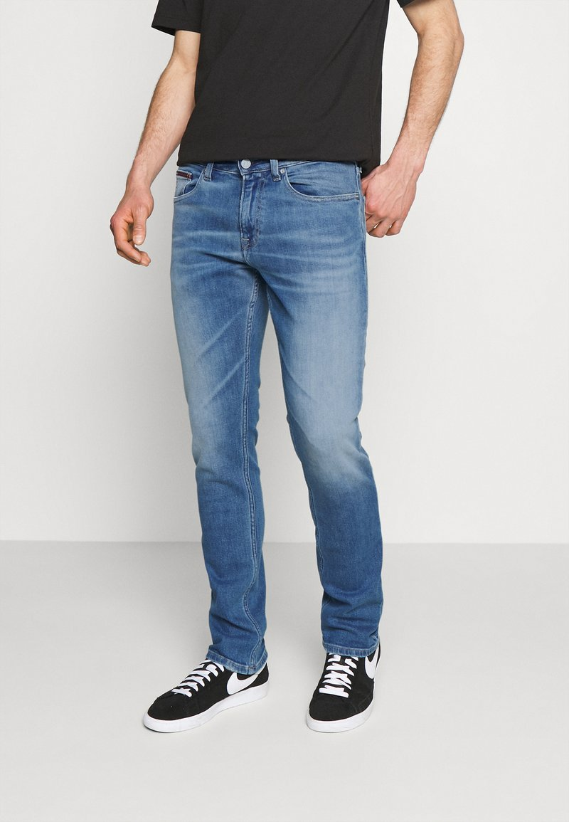 Tommy Jeans - SCANTON SLIM - Slim fit jeans - denim