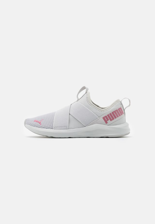 PROWL SLIP ON - Sports shoes - gray violet/foxglove