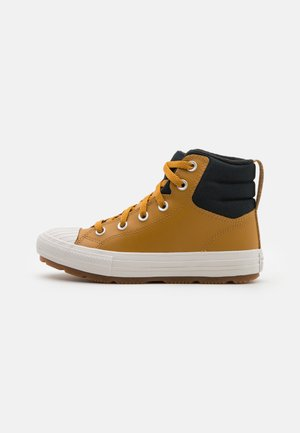 CHUCK TAYLOR ALL STAR BERKSHIRE UNISEX - High-top trainers - wheat/black/pale putty