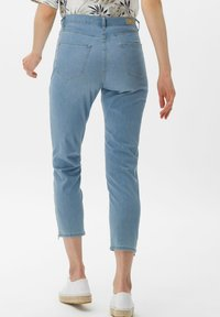 BRAX - STYLE MARY S - Slim fit jeans - used summer blue - 2