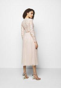 Needle & Thread - TEMPEST BODICE BALLERINA DRESS - Vestido de fiesta - strawberry icing - 2