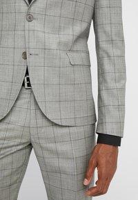 DRYKORN - OREGON - Suit - grey - 7