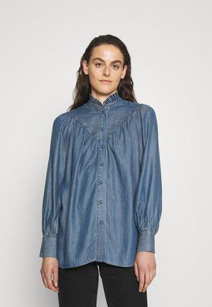 BOHEMIAN BLOUSE - Button-down blouse - hip indigo