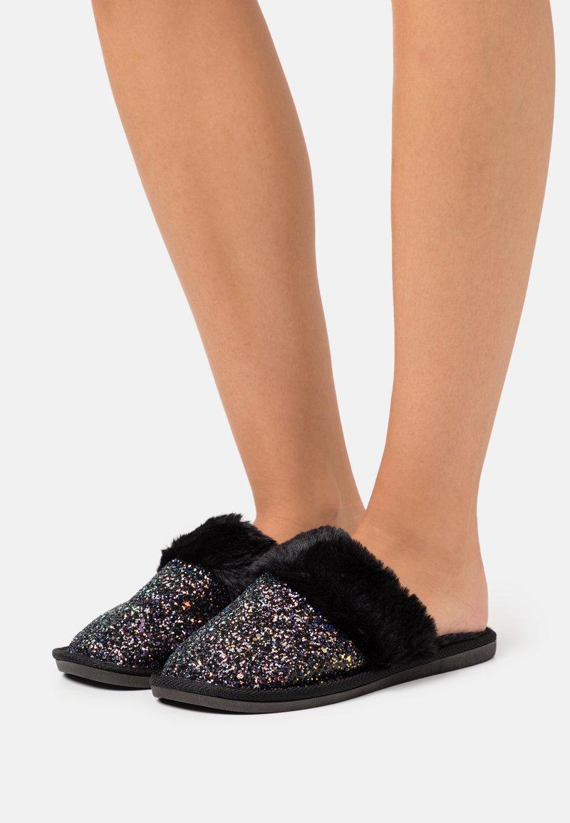 Head over Heels by Dune - FLICKER - Slippers - black