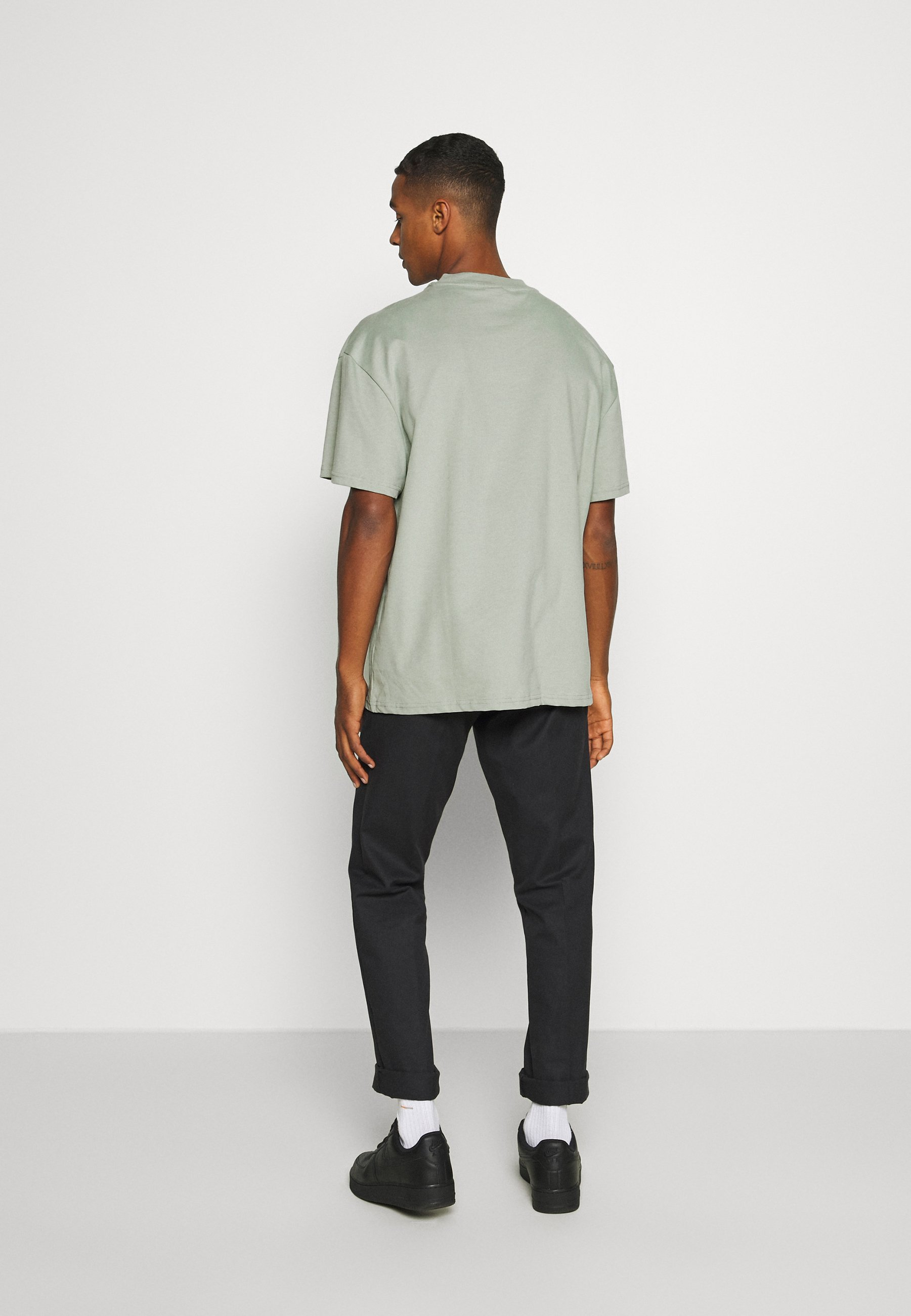 Weekday Great - T-shirts Sage Green/grønn