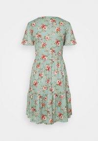 Vila - VINATALIE SHORT DRESS - Jerseykjole - green milieu - 1