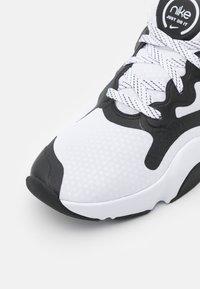 Nike Performance - SPEEDREP - Gym- & träningskor - white/black - 5