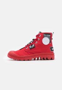 Palladium - PAMPA LITE OVERLAB UNISEX - Sneakersy wysokie - red - 0