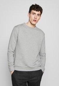 Filippa K - ISAAC - Sweatshirt - grey melange - 0