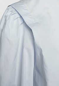 CLOSED - KEA - Button-down blouse - arctic ice - 2