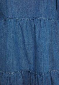 New Look Curves - TIER MIDAXI - Denim dress - blue denim - 2