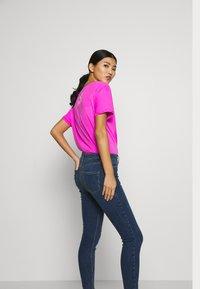 Dorothy Perkins - NIBBLE DARCY - Jeans Skinny Fit - indigo - 3