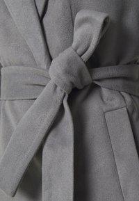 Vila - VIPOKU COAT - Klasický kabát - medium grey melange - 2