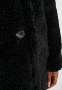 Missguided Plus - BORG - Wintermantel - black - 6