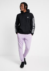 adidas Originals - ADICOLOR TECH HOODIE - Hoodie - black - 1