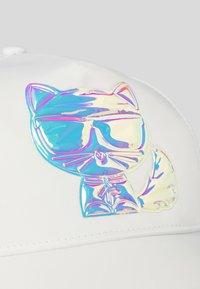 KARL LAGERFELD - Cap - white - 2