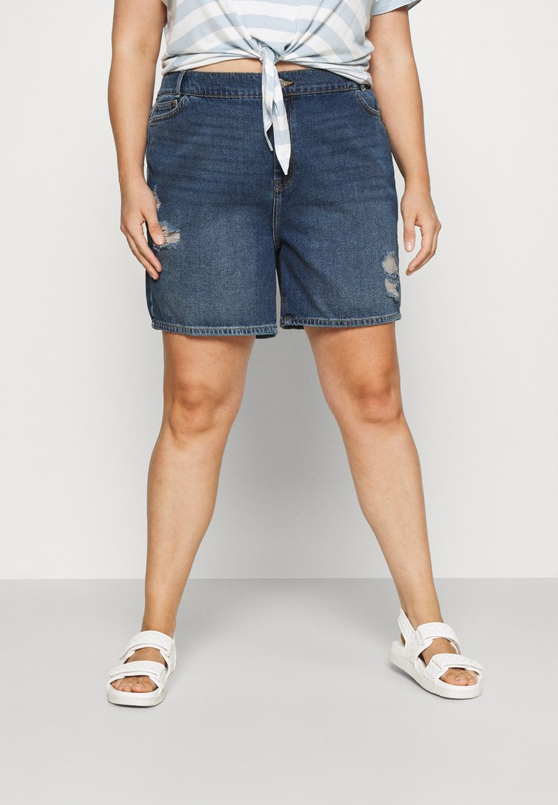 Noisy May Curve - NMLOTTIE SKATE  - Shorts di jeans - medium blue