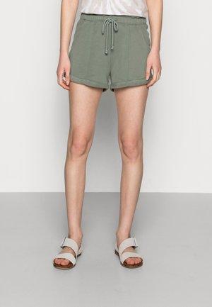 PAPERBAG SHORT AGAVE - Shorts - green paperbag