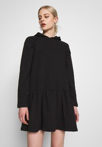NA-KD - GATHERED HOODIE DRESS - Day dress - black - 0