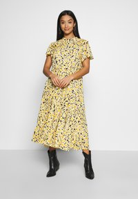 Topshop Petite - DAISY GRANDAD  - Shirt dress - yellow - 0