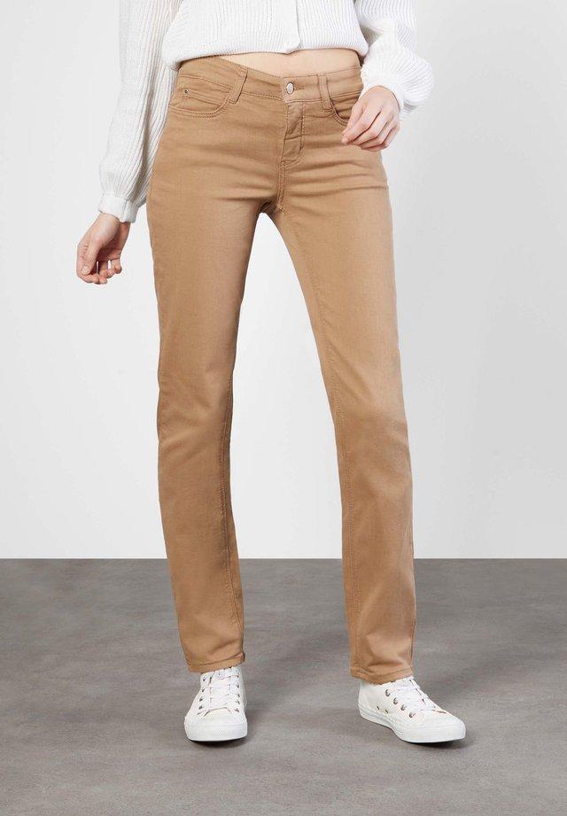 Straight leg jeans - light cognac ppt