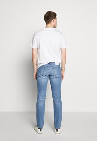 HUGO - Slim fit jeans - bright blue - 2