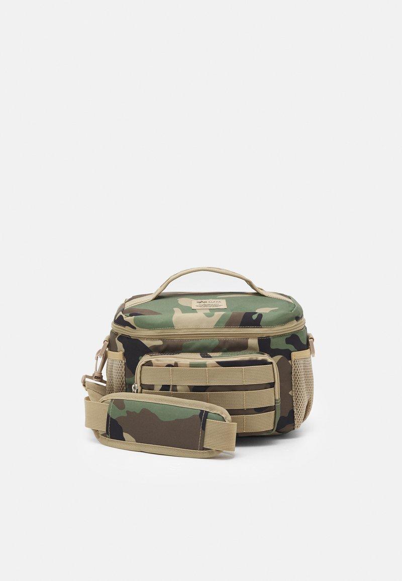 Alpha Industries - TACTICAL COOLER BAG UNISEX - Holdall - woodland