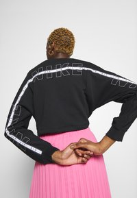 Nike Sportswear - AIR - Sweatshirt - black - 3