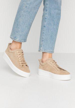 VMKELLA  - Sneakers laag - beige
