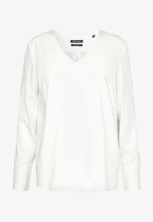 BLOUSE, OPEN CREW NECK, LONG SLEEVED, EASY FEMININE SHIRT, DETAI - Bluse - off white