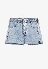 Bershka - MIT SCHLEIFE - Denim shorts - light blue - 5