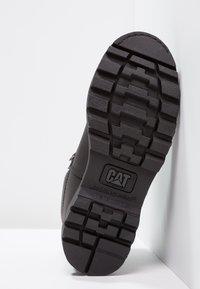 Cat Footwear - COLORADO - Šněrovací kotníkové boty - all black - 7