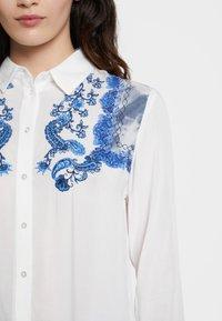 Desigual - BARCINO - Button-down blouse - white - 3