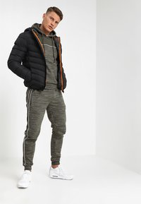 Brave Soul - MJK GRANTPLAIN - Winter jacket - black