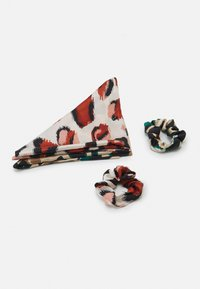 Pieces - PCVAPPY BOW SCRUNCHIE 2 PACK - Hair styling accessory - warm sand - 1