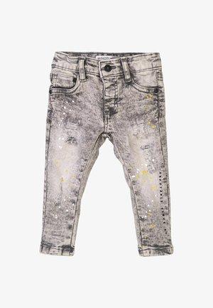 PAINT SPLATTERS AND ADJUSTABLE WAIST  - Slim fit jeans - grey