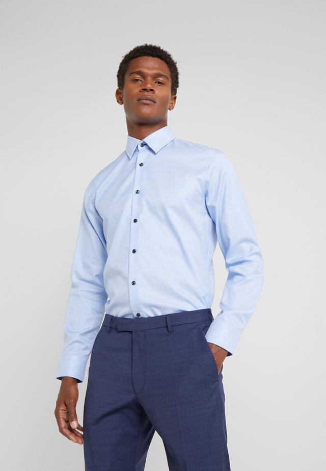 PIERCE - Zakelijk overhemd - light blue