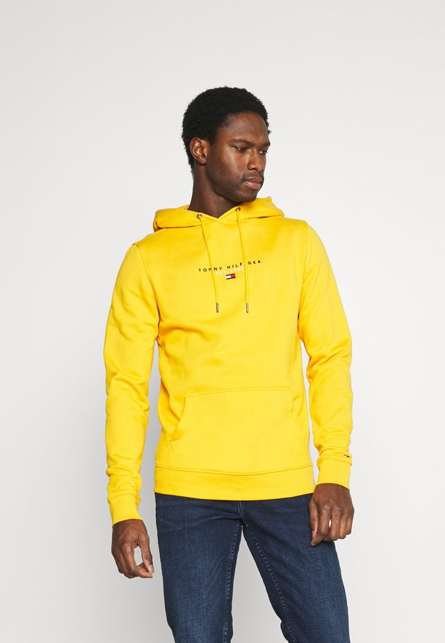 ESSENTIAL HOODY - Mikina s kapucí - courtside yellow