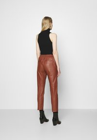 Oakwood - GIFT - Leather trousers - light brown - 2