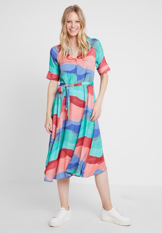 BRIZO NADIA DRESS - Vestido largo - jade green/pink roma