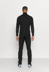 Gore Wear - WINDSTOPPER TRAIL PANTS - Pantalons outdoor - black - 2